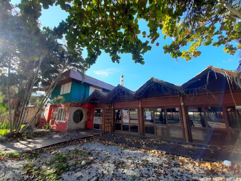 Sala-Codigo-1513-para-alugar-no-bairro-Lagoa-da-Conceição-na-cidade-de-Florianópolis