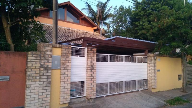 Casa-Codigo-1559-a-Venda-no-bairro-Rio-Tavares-na-cidade-de-Florianópolis
