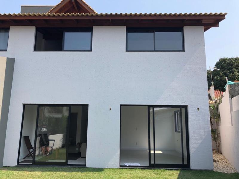 Casa-Codigo-1567-a-Venda-no-bairro-Lagoa-da-Conceição-na-cidade-de-Florianópolis