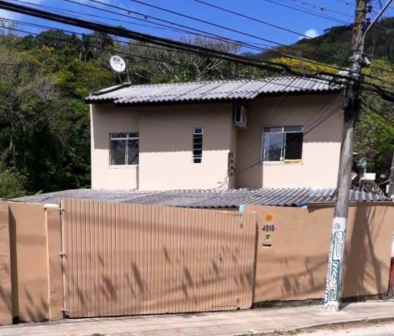 Casa-Codigo-1581-para-alugar-no-bairro-Lagoa-da-Conceição-na-cidade-de-Florianópolis