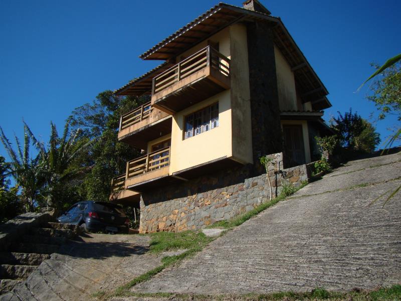 Casa-Codigo-1588-para-alugar-no-bairro-Lagoa-da-Conceição-na-cidade-de-Florianópolis