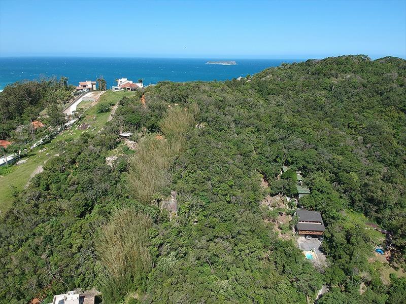 Casa-Codigo-1592-a-Venda-no-bairro-Praia-Mole-na-cidade-de-Florianópolis