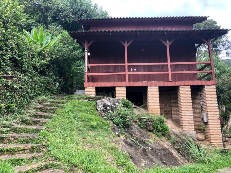 Casa-Codigo-1649-a-Venda-no-bairro-Lagoa-da-Conceição-na-cidade-de-Florianópolis