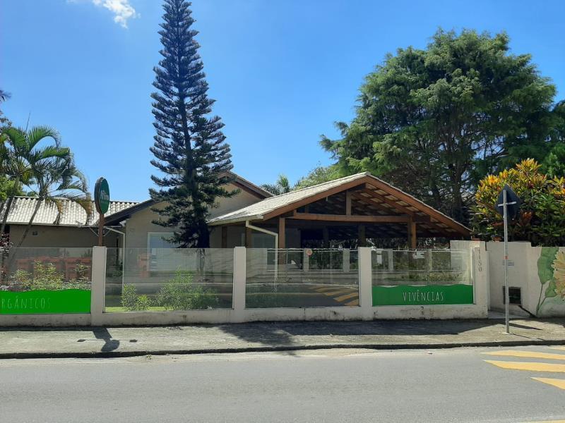 Casa-Codigo-1652-para-alugar-no-bairro-Campeche-na-cidade-de-Florianópolis
