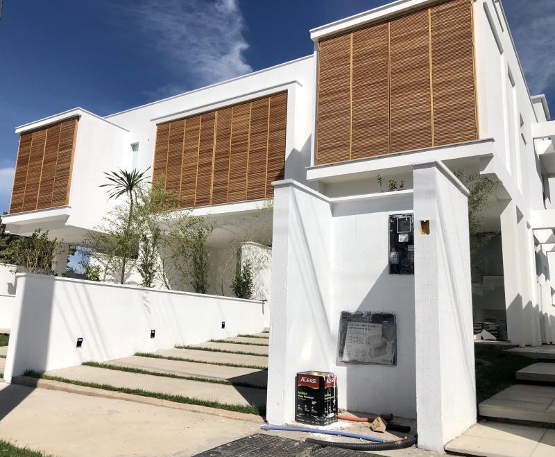 Casa-Codigo-1672-a-Venda-no-bairro-Lagoa-da-Conceição-na-cidade-de-Florianópolis