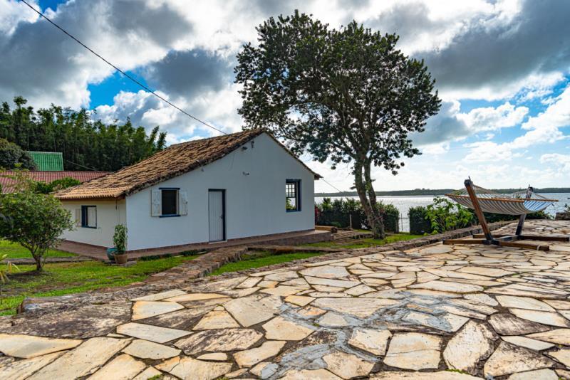 Casa-Codigo-1680-a-Venda-no-bairro-Lagoa-da-Conceição-na-cidade-de-Florianópolis