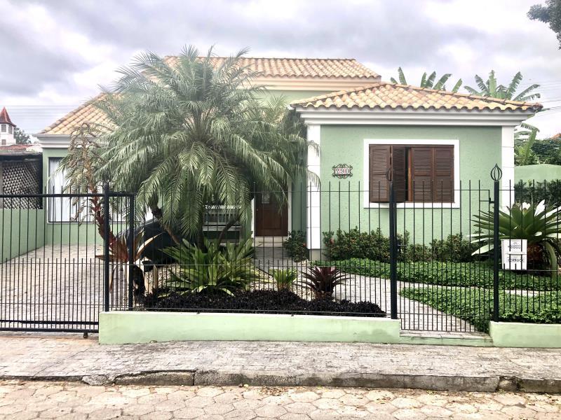 Casa-Codigo-1687-a-Venda-no-bairro-Lagoa-da-Conceição-na-cidade-de-Florianópolis