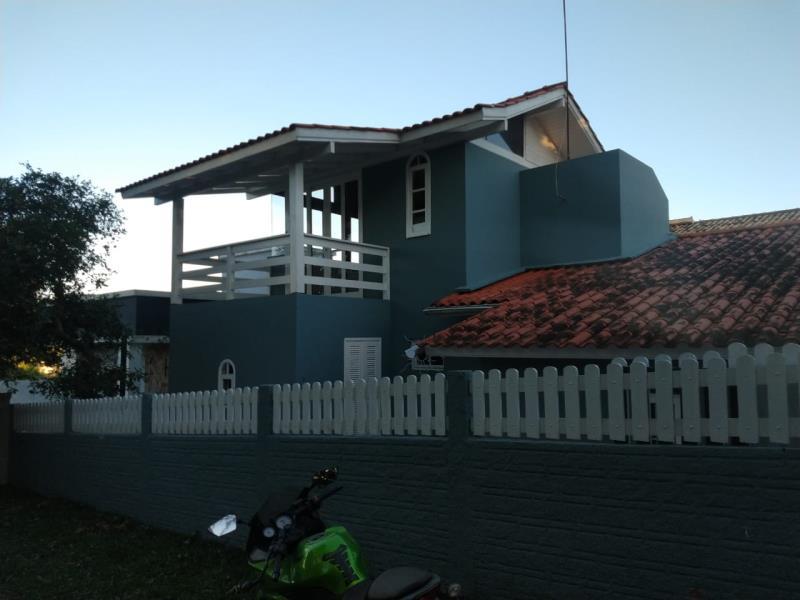 Casa-Codigo-1693-a-Venda-no-bairro-São-João-do-Rio-Vermelho-na-cidade-de-Florianópolis