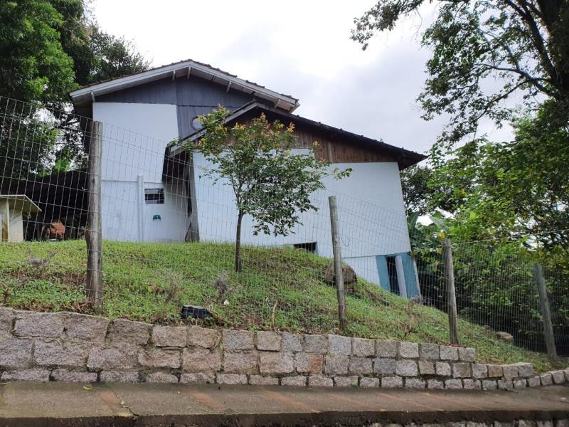 Casa-Codigo-1709-a-Venda-no-bairro-Lagoa-da-Conceição-na-cidade-de-Florianópolis
