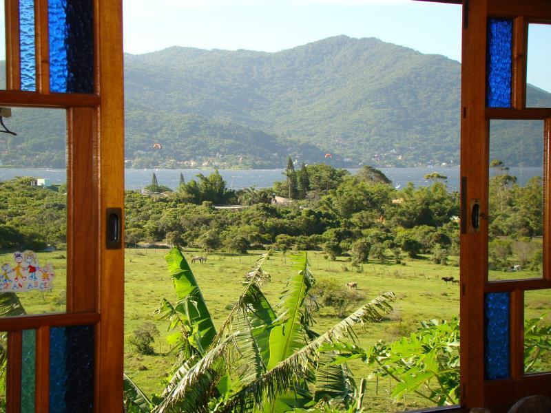 Casa-Codigo-1720-a-Venda-no-bairro-Lagoa-da-Conceição-na-cidade-de-Florianópolis