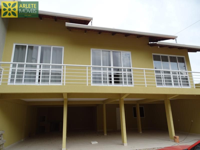 Casa Codigo 862 a Venda no bairro-Vila Nova na cidade de Porto Belo