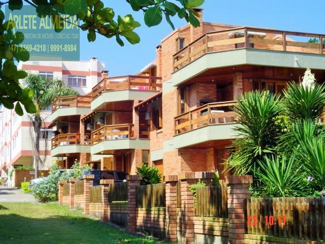 Apartamento Codigo 371 para Temporada no bairro Centro na cidade de Bombinhas