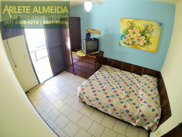 34 - quarto casa locação perequê
