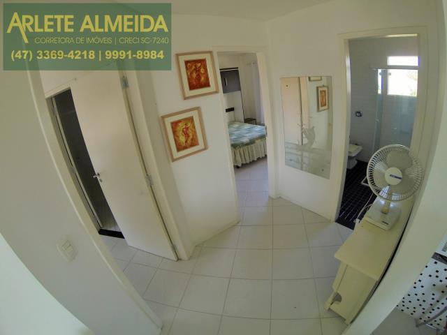 7 - acesso apartamento aluguel porto belo