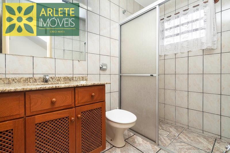 13 - banheiro social térreo imóvel locação porto belo