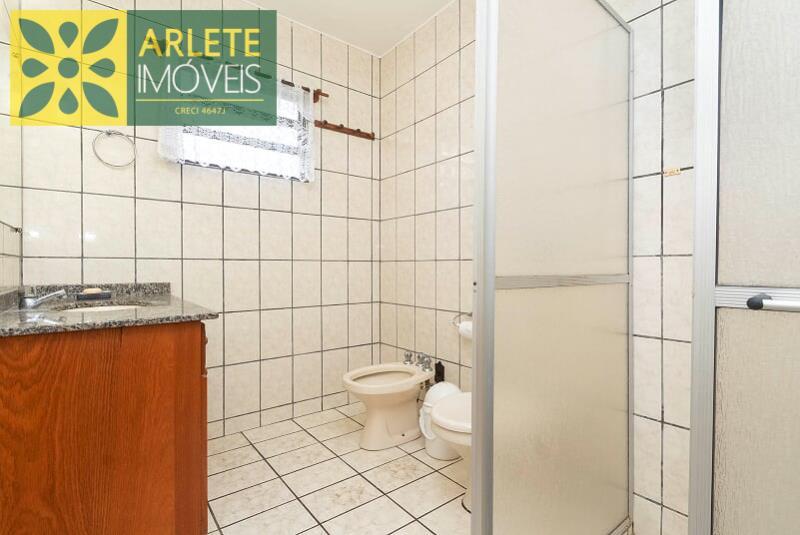 18 - banheiro suíte casal  imóvel locação porto belo