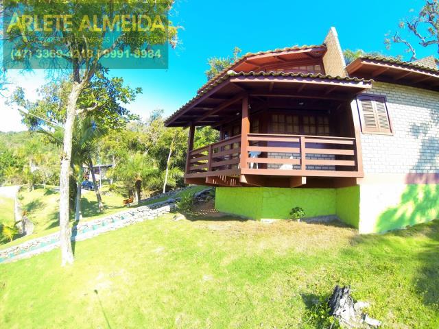 Casa Codigo 219 para Temporada no bairro Araça na cidade de Porto Belo