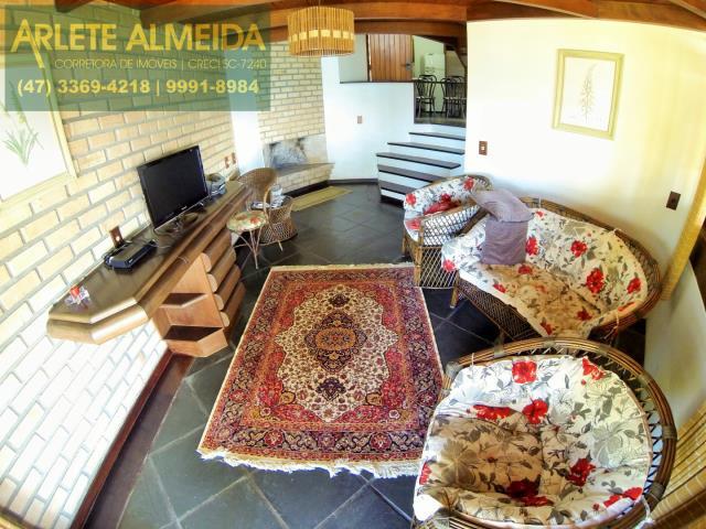 8 - sala de estar casa locação estaleiro porto belo