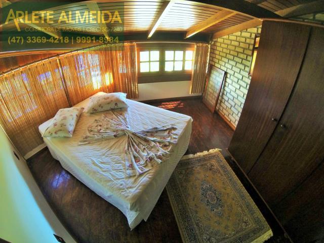 14 - quarto casa locação estaleiro porto belo