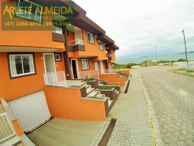 Casa Codigo 397 para Temporada no bairro Quatro Ilhas na cidade de Bombinhas
