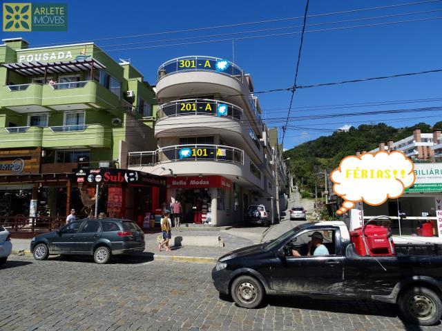 Apartamento Codigo 355 para Temporada no bairro Centro na cidade de Bombinhas