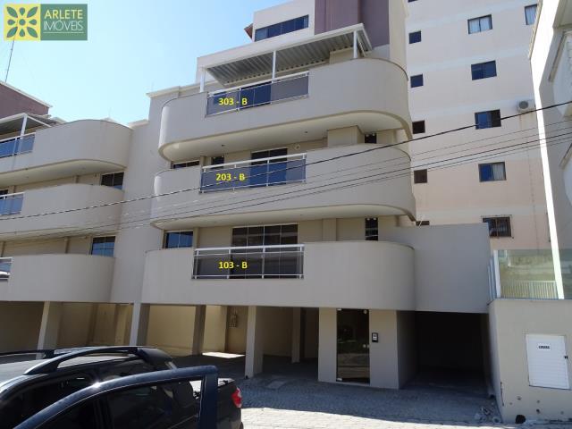 18 - apartamentos bloco B  locação bombinhas