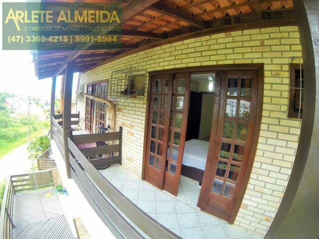 Apartamento Codigo 418 para Temporada no bairro Bombas na cidade de Bombinhas