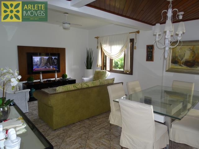 Apartamento Codigo 353 para Temporada no bairro Centro na cidade de Bombinhas