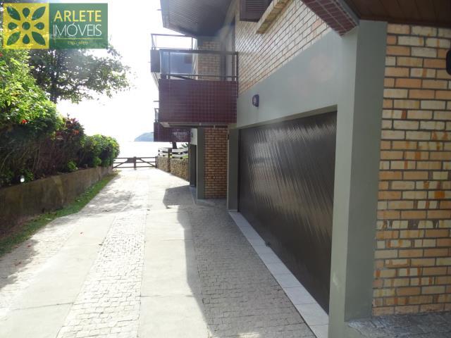 Apartamento-Codigo-358-a-Venda-no-bairro-Centro-na-cidade-de-Bombinhas