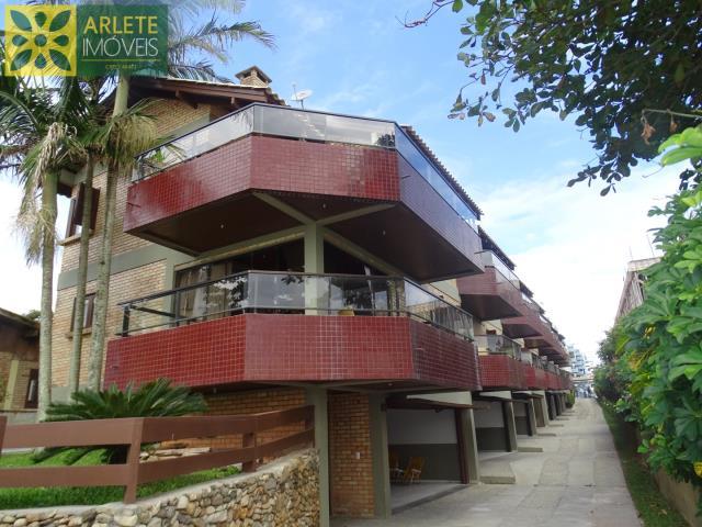 Apartamento Codigo 367 para Temporada no bairro Centro na cidade de Bombinhas