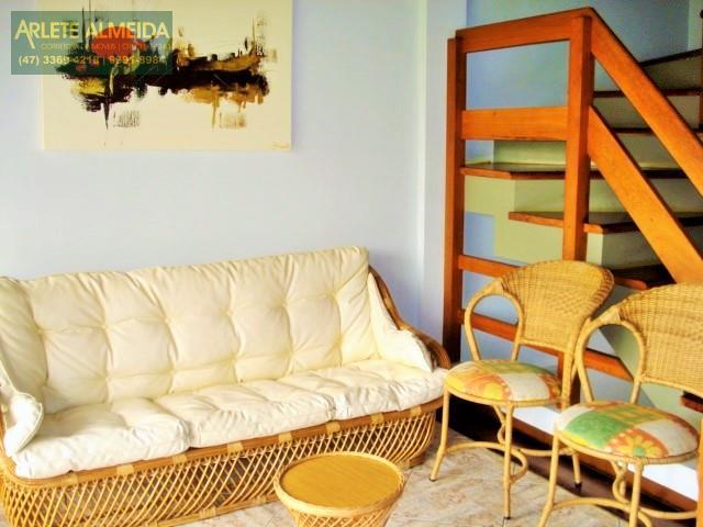 8 - sala de estar locação bombinhas