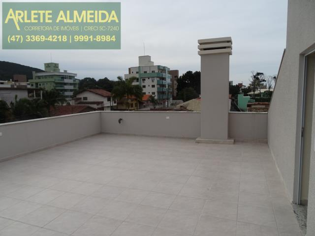 Cobertura Codigo 1010 a Venda no bairro-Bombas na cidade de Bombinhas