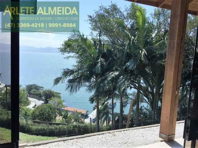 Casa Codigo 225 para Temporada no bairro Araça na cidade de Porto Belo