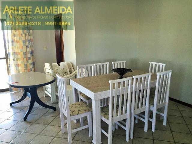 5 - Sala de cobertura à venda (foto 1), em Bombas/Bombinhas.