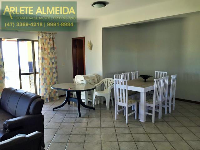 8 - Sala de cobertura à venda (foto 4), em Bombas/Bombinhas.