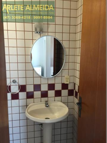 21 - Banheiro suíte (foto 2), de cobertura à venda, em Bomba/Bombinhas.