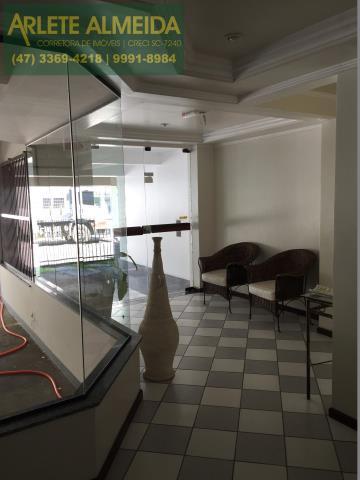 4 - Hall decorado (2) de cobertura à venda, em Bombas/Bombinhas.