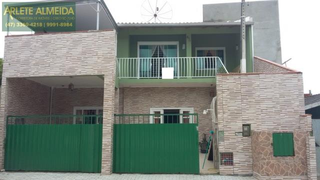 Casa Codigo 1128 a Venda no bairro-Vila Nova na cidade de Porto Belo