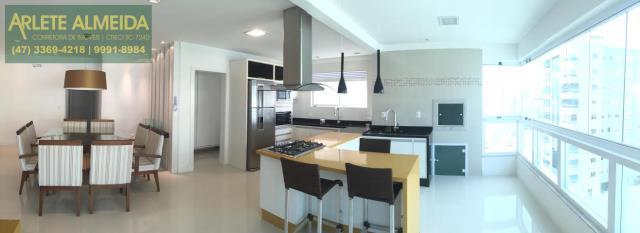 Apartamento Codigo 1276 a Venda no bairro-Meia Praia na cidade de Itapema