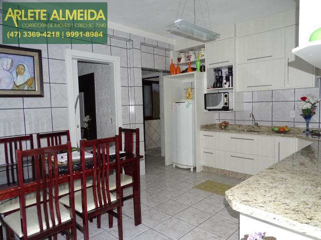 20 - cozinha andar terreo