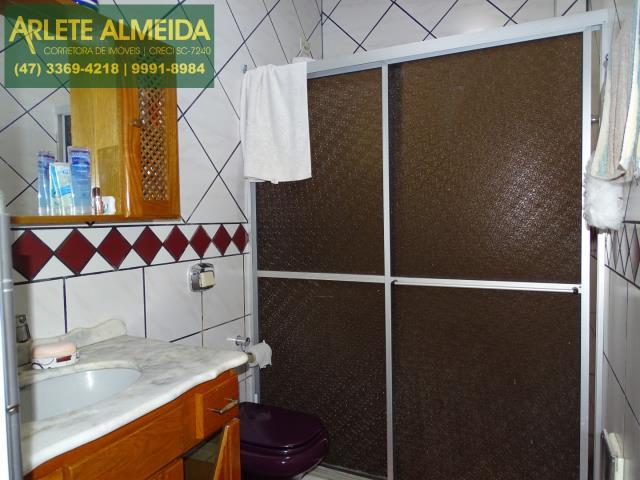 23 - banheiro social