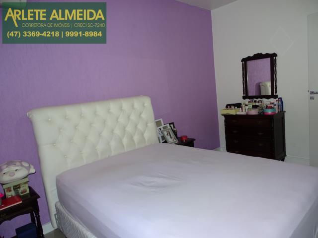 27 - dormitorio 2 terreo