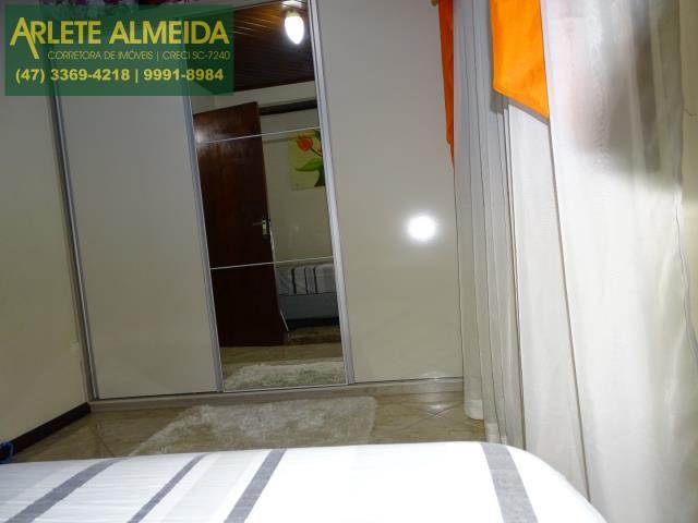 34 - dormitorio 1 superior