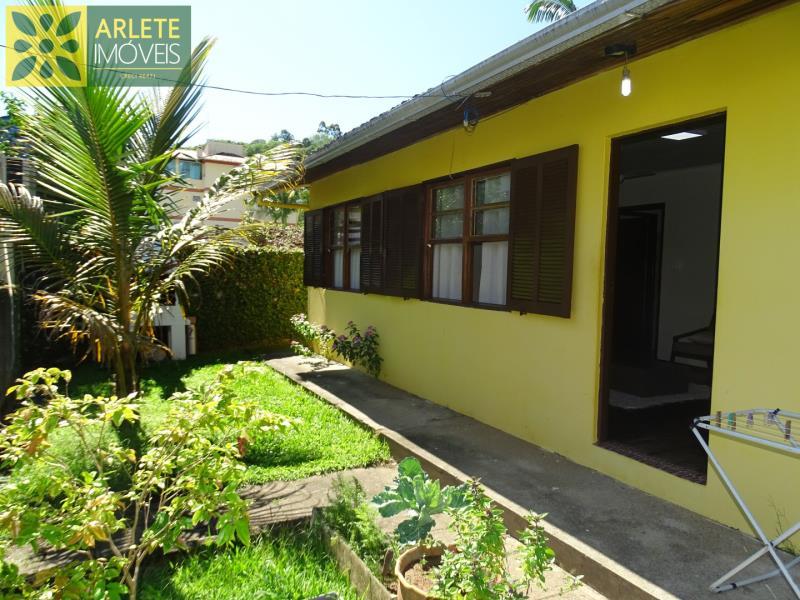 Casa Codigo 55 para Temporada no bairro Centro na cidade de Porto Belo