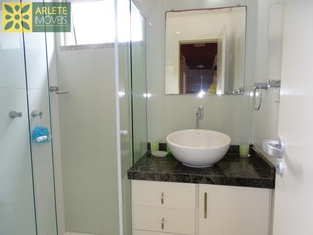 53 - banheiro imóvel cliente locação porto belo