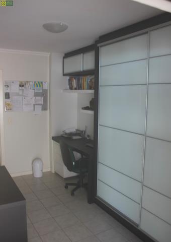 5 - DORMITORIO 1 - HOME OFFICE