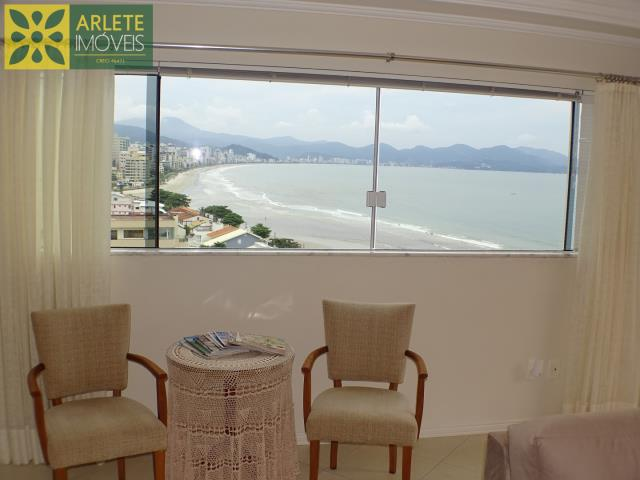 8 - VISTA DO LIVING