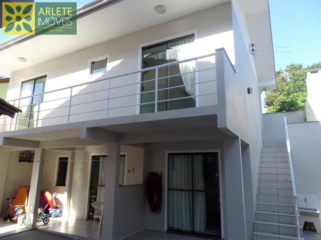 Apartamento Codigo 553 para Temporada no bairro Centro na cidade de Bombinhas