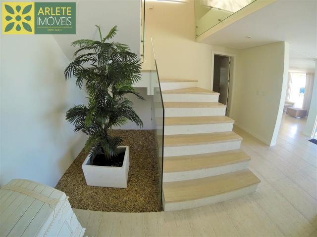 13 - escada imóvel locação porto belo