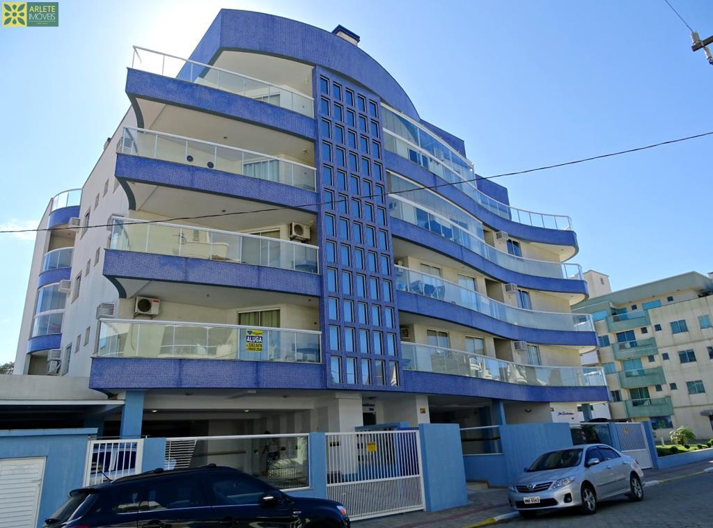 Apartamento Codigo 414 para Temporada no bairro Bombas na cidade de Bombinhas